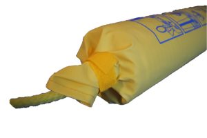 Picture of the yellow velcro that you need to undo before using the plastimo rescue line